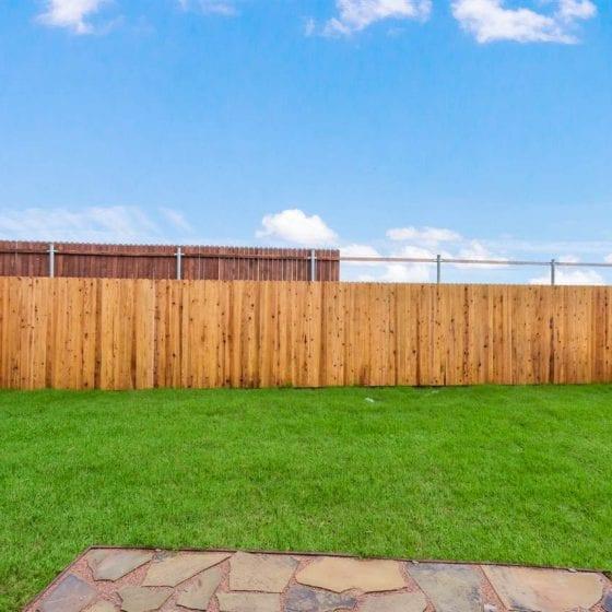 9005-highland-orchard-backyard-02