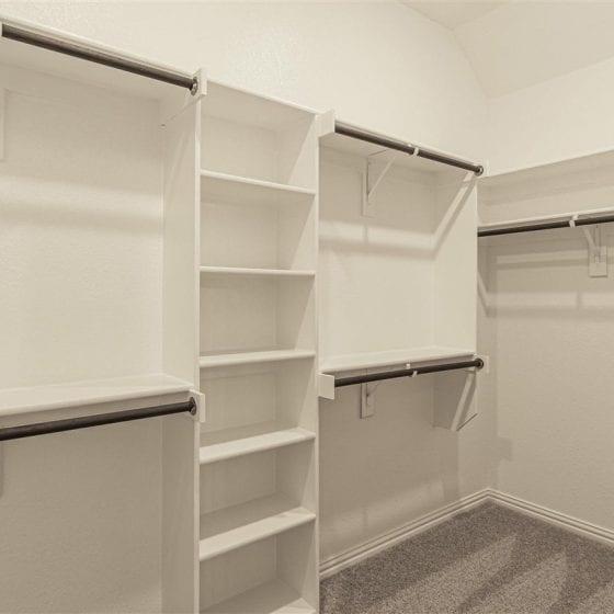 1114-denton-creek-closet