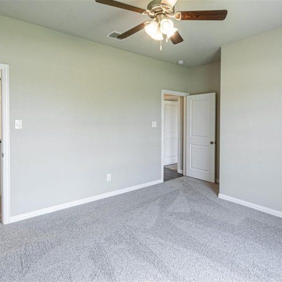 1114-denton-creek-bedroom-03