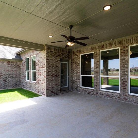 1114-denton-creek-back-porch-02