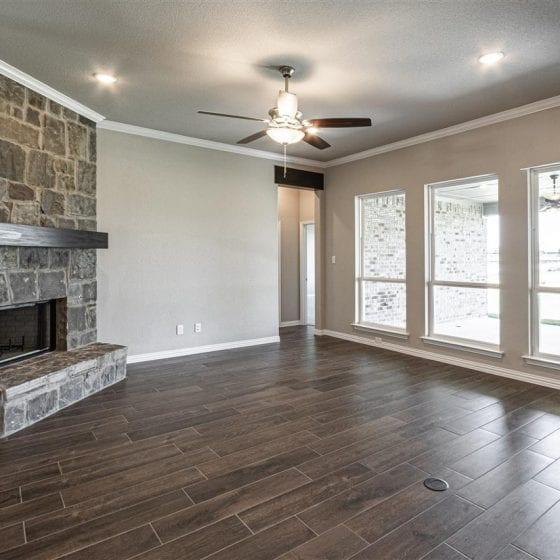 1114-denton-creek-living-room-03