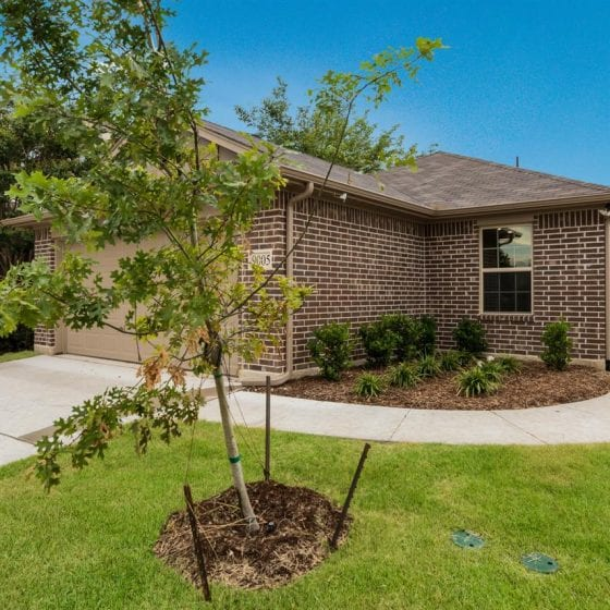9005-highland-orchard-front